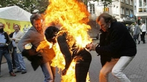 Belgium: Black woman sets herself on fire