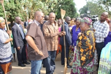 Guinea: President Alpha Conde launches cleaning campaign