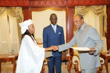 Mabinty Daramy presents letters of credence to President Alpha Conde